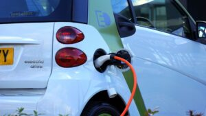 Transport baterii litowo-jonowych – na co zwrócić uwagę?