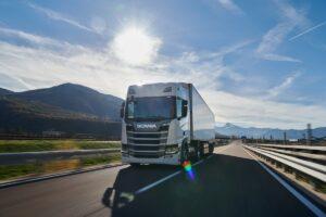 Scania na czele efektywności paliwowej według UE