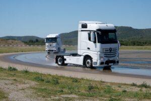 Jak przeprowadza się testy opon ciężarowych?