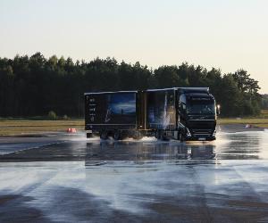 Finał Akcji Profesjonalni Kierowcy na właściwych torach